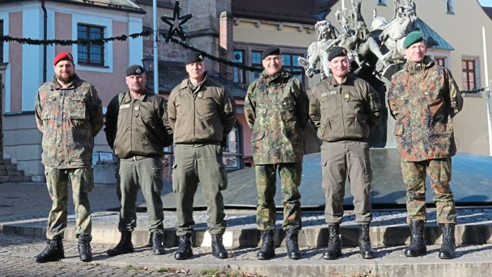 Cham: Internationaler Besuch bei Panzerbrigade 12